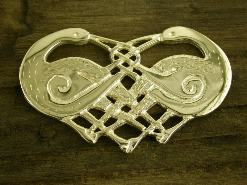 A picture of '9ct Gold Herons Brooch'