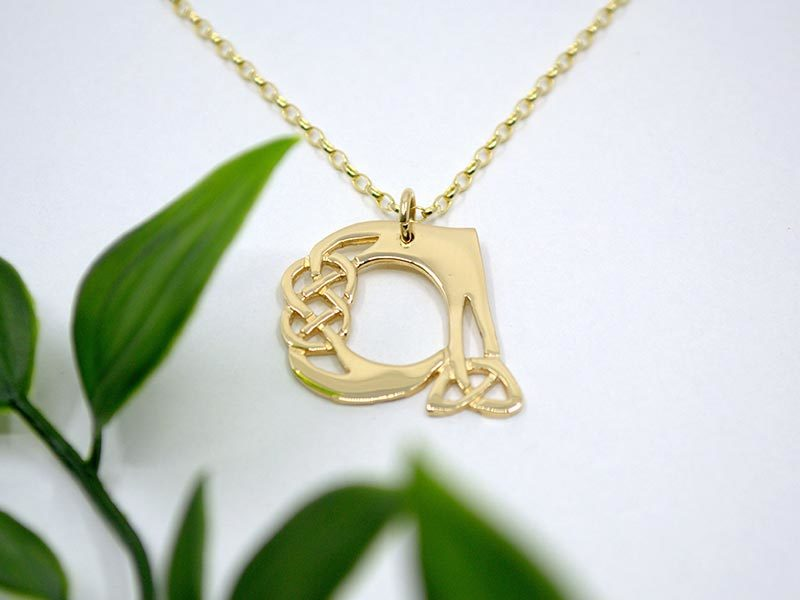 A picture of '9ct Gold Pendant - Initial A'