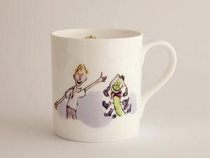 A picture of 'Mwg Roald Dahl - James a'r Eirinen Wlanog Enfawr'