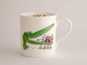 A picture of 'Roald Dahl Mug - Y Crocodeil Anferthol'