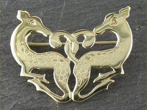 A picture of '9ct Gold Cwm Cych Deer Brooch'