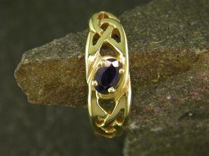 Llun o 'Modrwy Llanwenog Aur 9ct'