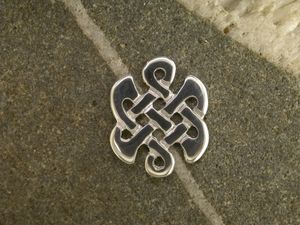 A picture of 'Silver Celtic Knot Pin '