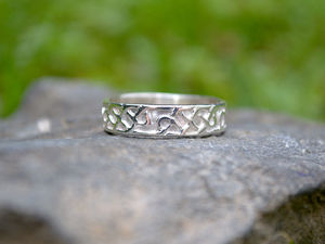 A picture of 'Silver Celtic Knotwork Ring'