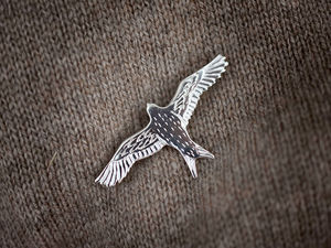 A picture of 'Silver Red Kite Brooch'