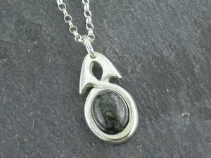 A picture of 'Silver Preseli Simple Knot Pendant'
