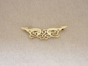 A picture of '9ct Gold Greyhounds Brooch'