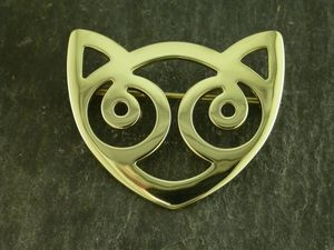 A picture of '9ct Gold Snowdon Cat Brooch'