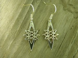 A picture of '9ct Gold Star Earrings'