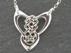 A picture of 'Silver Trinity Knot Necklet'