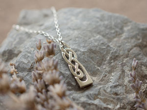 A picture of 'Silver White Wheat Pendant'