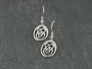 A picture of 'Silver Small Calon Lân Earrings'