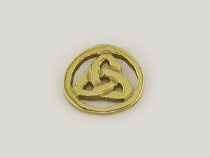 A picture of '9ct Rhiannon Welsh Gold Osian Pin'