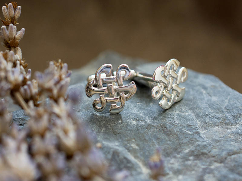 A picture of 'Silver Celtic Knot Cufflinks'