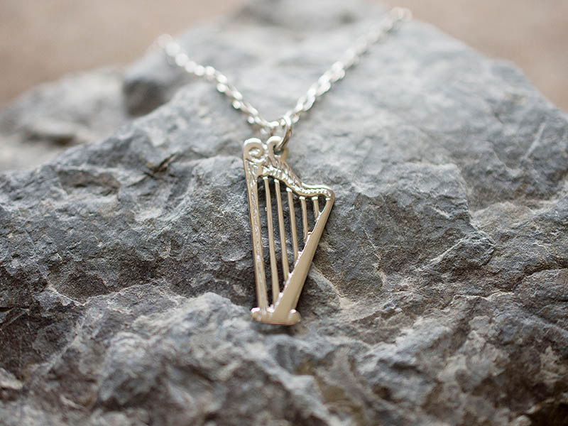 A picture of 'Silver Harp Pendant'