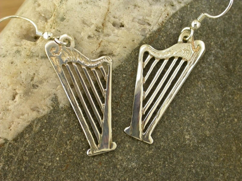 A picture of 'Silver Harp Earrings'