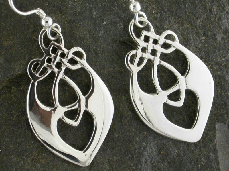 A picture of 'Silver Santiana Earrings'