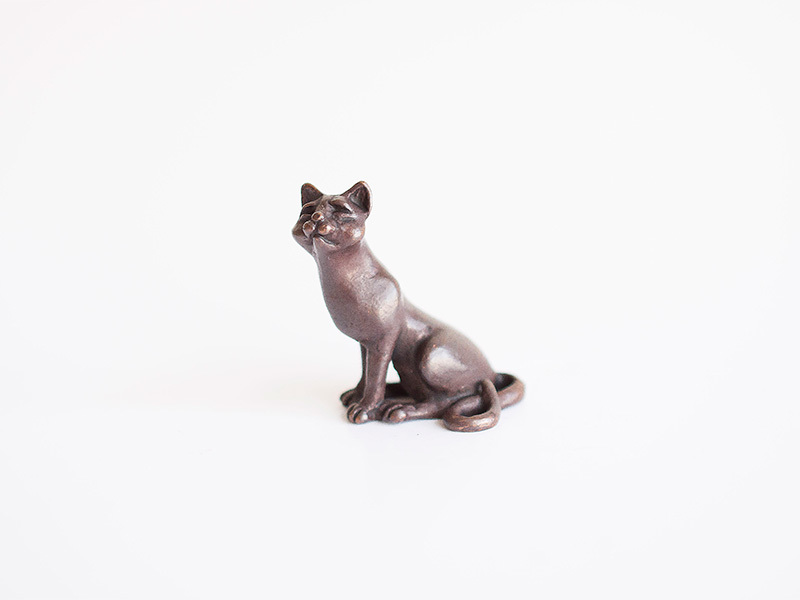 A picture of 'Miniature Bronze Sitting Cat''