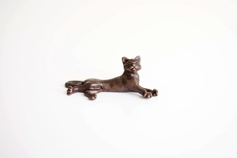 A picture of 'Miniature Bronze Cat Lying Down''
