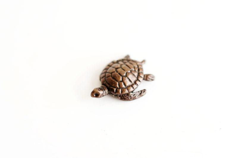 A picture of 'Miniature Bronze Turtle''