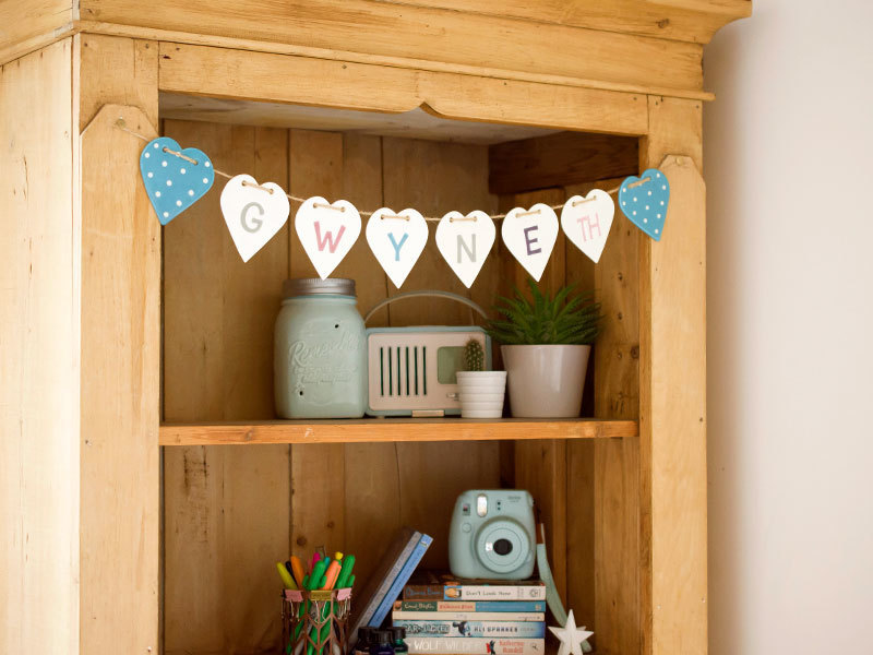 A picture of 'Spotted Heart Ceramic Bunting''