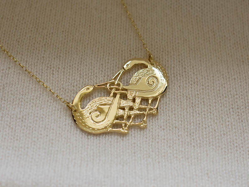A picture of '9ct Gold Herons Necklet''