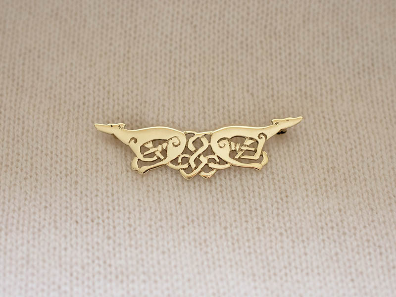 18ct Gold Greyhounds Brooch