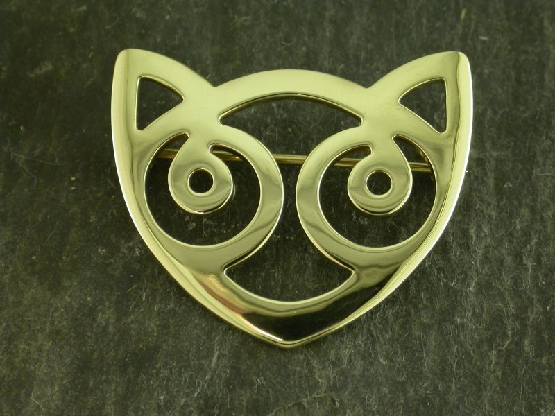 18ct Gold Snowdon Cat Brooch