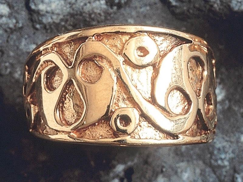 18ct Gold LaTene Ring