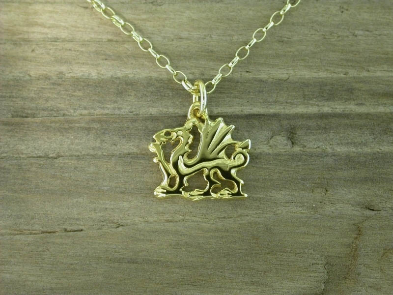 18ct Gold Welsh Dragon Pendant
