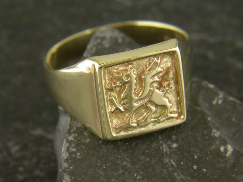 9ct Gold Welsh Dragon Ring