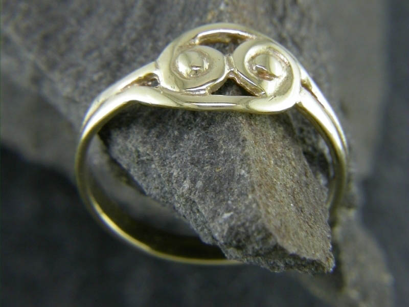 A picture of '9ct Gold Snowdonia Ring''