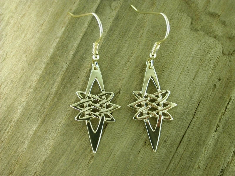 A picture of '9ct Gold Star Earrings''