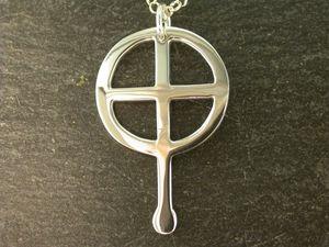 Silver St Non Cross Pendant