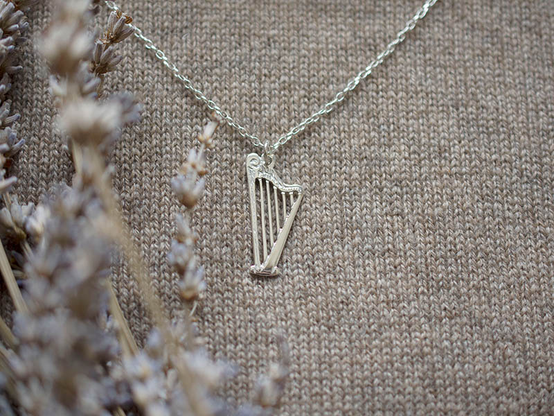 A picture of 'Silver Harp Pendant''