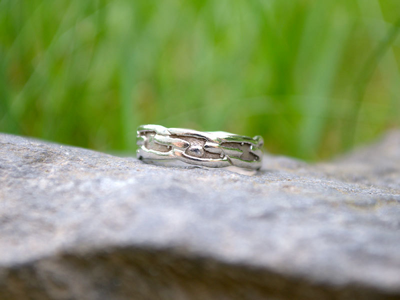 A picture of 'Silver Welsh Knotwork Ring''
