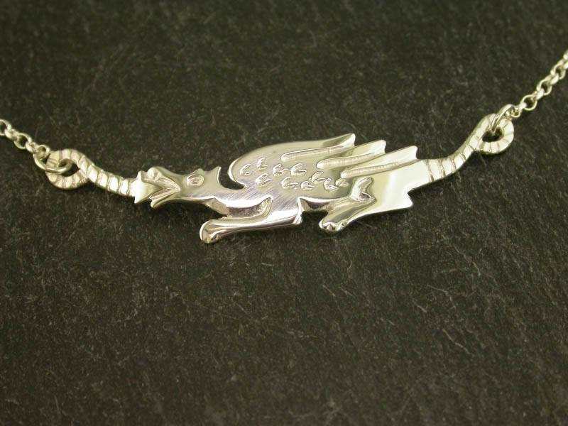 A picture of 'Silver Long Dragon Necklet''