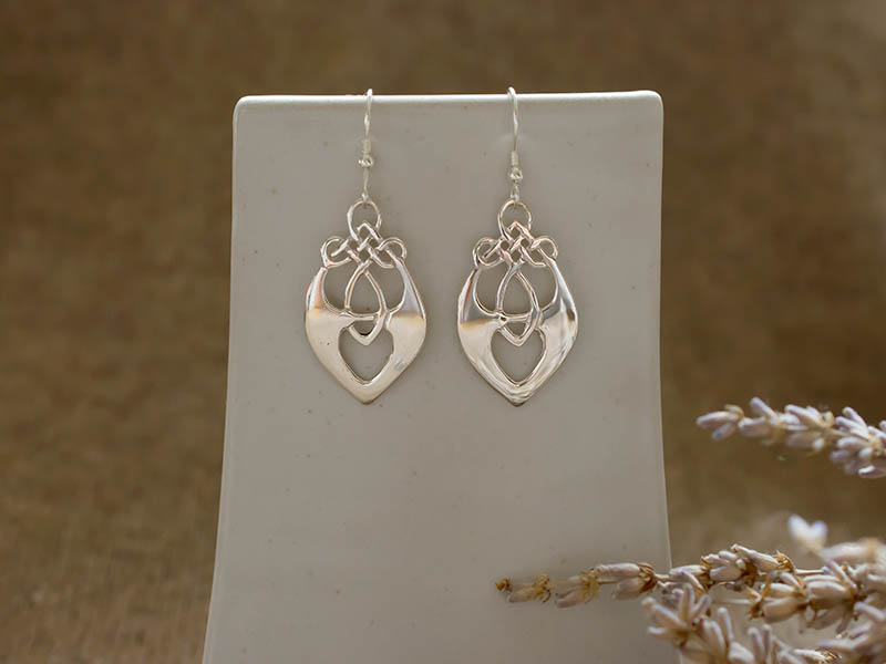 A picture of 'Silver Santiana Earrings''