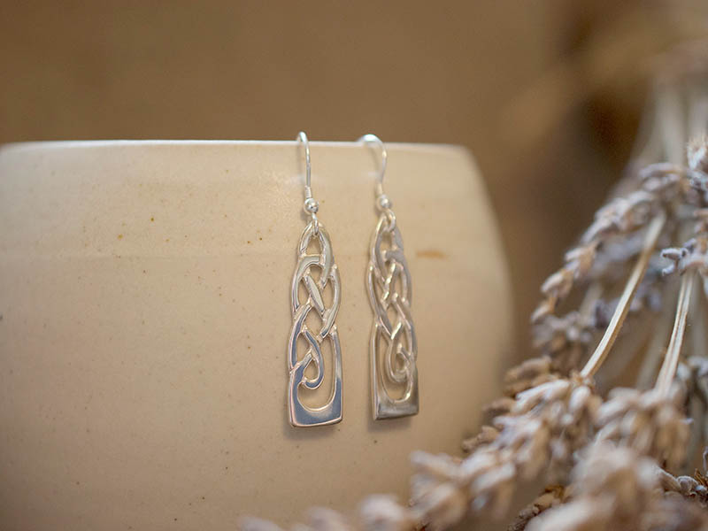 A picture of 'Silver White Wheat Earrings''