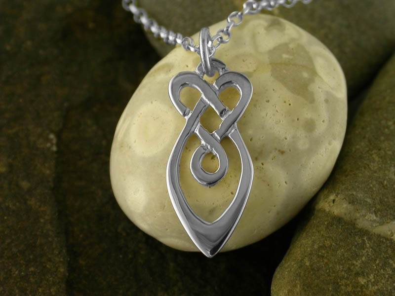 A picture of 'Silver Raindrops Pendant''