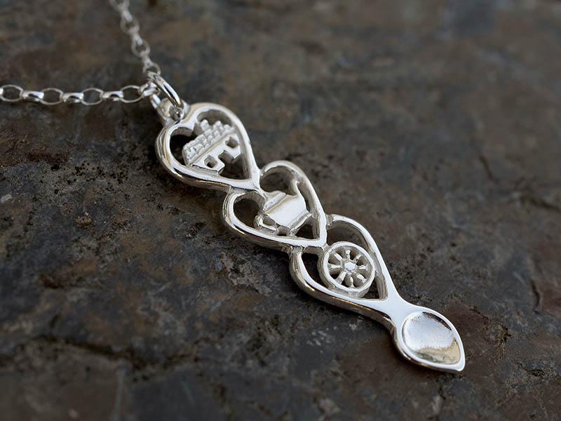 A picture of 'Silver Croeso Love-spoon Pendant''