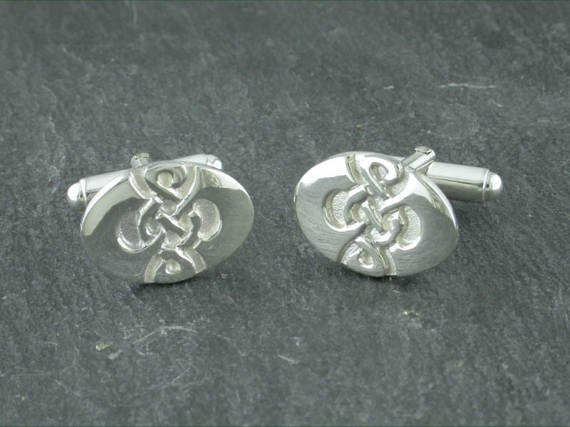 A picture of 'Silver Dafydd Cufflinks''