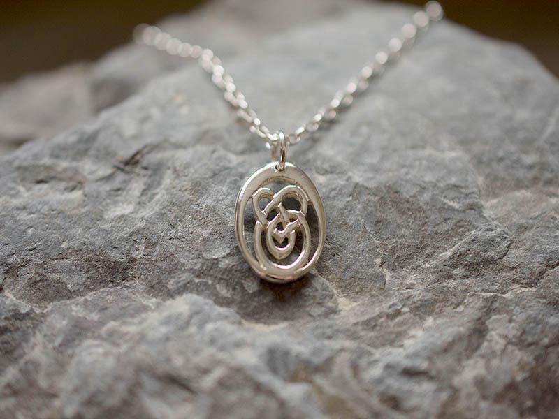 A picture of 'Silver Small Calon Lân Pendant''