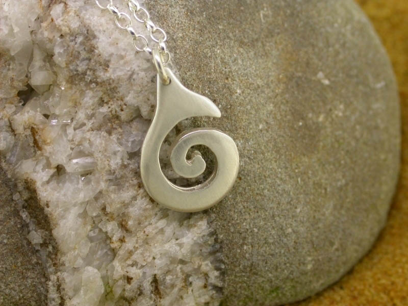 A picture of 'Silver Small Breakers Pendant''
