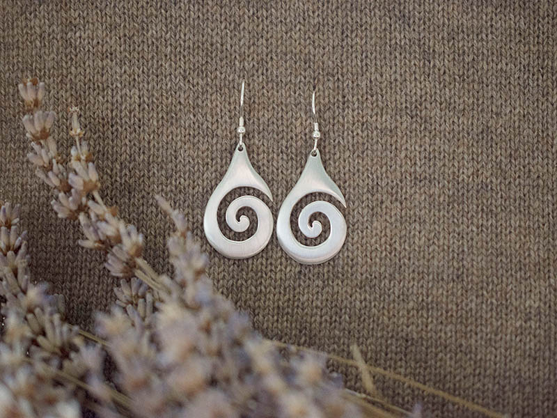 A picture of 'Silver Large Breakers Earrings''
