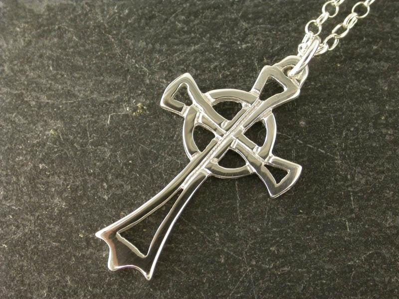 A picture of 'Silver Strata Florida Cross Pendant''