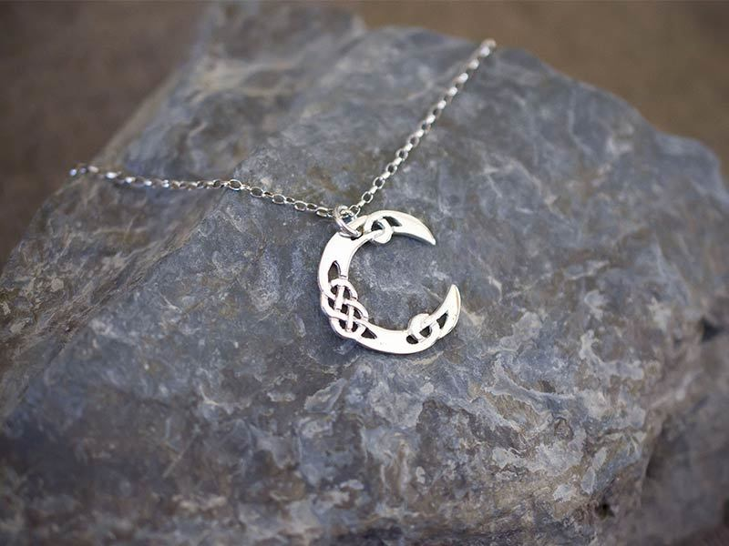 A picture of 'Silver Pendant - Initial C''
