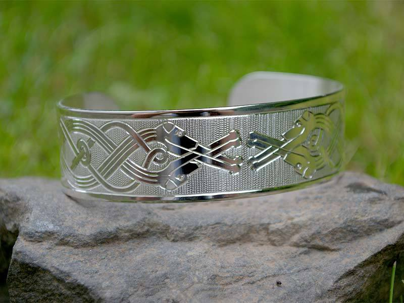 A picture of 'Silver Wolfhounds Bangle''